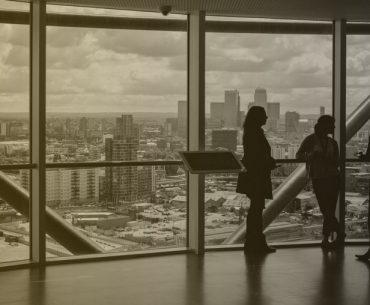 construir negócio ou criar emprego